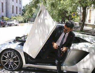 Kenan Sofuoğlu TBMM'ye Lamborghini ile geldi