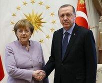 Merkelden Cumhurbaşkanı Erdoğana kutlama