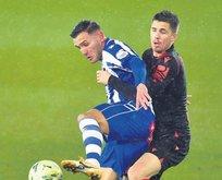 Menajerler Trabzon'a Lucas Perez'i teklif etti