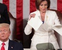 ABD kongresinde soğuk rüzgarlar! Trump'ın metnini yırttı!