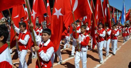 23 Nisan mesajları resimli kısa uzun mesajları - 23 Nisan kutlama mesajı Atatürk 23 Nisan sözleri ve tebrik kartları