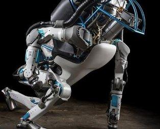 Atlas Robot bomba gibi geliyor!