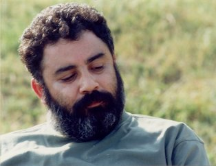 Ahmet Kaya aramızdan ayrılalı 17 yıl oldu