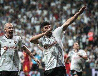 Kartal Dolmabahçe'de farklı kazandı! Beşiktaş 3-0 Göztepe | Maç sonucu