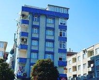 Şirinevler'de yan yatan bir bina tahliye edildi