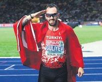 Turkcell'li atletler rekorla döndü