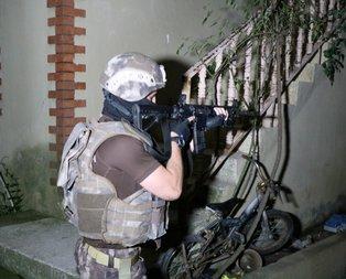 İstanbulda şafak operasyonu! Zehir tacirleri gözaltında