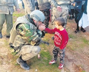 Türk asker amcalar gelsin diye dua ettim