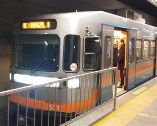 İstanbulda metro arızası! Seferler yapılamıyor