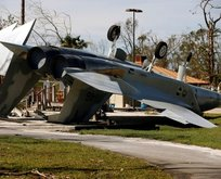 Kasırga ABD üssünü yıktı!