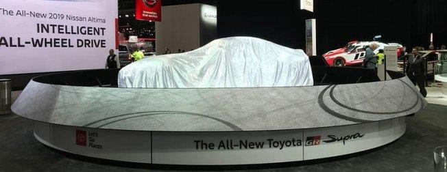 Devler Detroit Otomobil Fuarı'nda boy gösterdi
