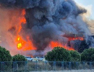 İstanbul Tuzla'da kimya fabrikasında yangın