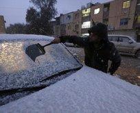 Bağdat'ta 12 yıl sonra kar yağdı