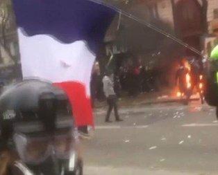 Fransa'da Türk gazetecinin vurulma anı!