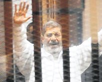 Mursi vefat etti