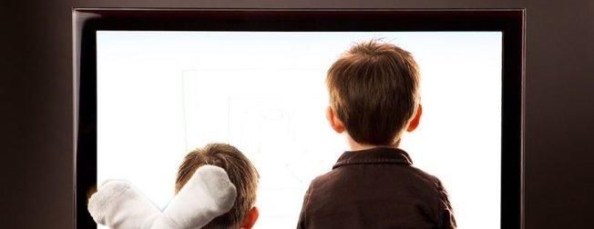 Anne babalar dikkat! Çocuklarınızın zihinlerini böyle zehirliyorlar!