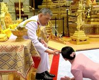 Kralın metresinin çıplak fotoları yayınlandı