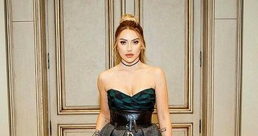 Altın kız Hadise! Hadise, Kıbrıs'ta elbisesiyle olay oldu