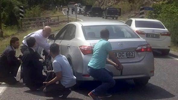 Kemal Kılıçdaroğluna Artvinde saldırıdan ilk kareler