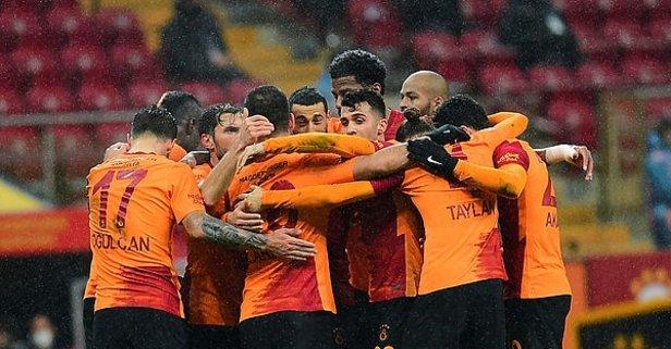 Galatasaray'da 2 ayrılık kesinleşti! Kadroda yoklar...