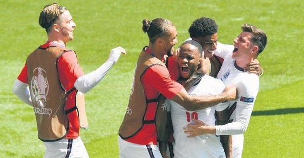 İngiltere Sterling ile güldü