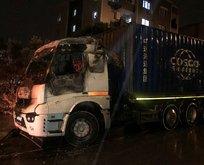 İzmir'de park halindeki TIR yandı!
