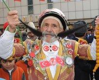 Pala Mevlüt adıyla tanınan Türkiye Bıyık Kralı Mehmet Durdu Doğan hayatını kaybetti