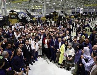 Cumhurbaşkanı Erdoğan gençlerle Atak helikopteri üretim hattını  gezdi