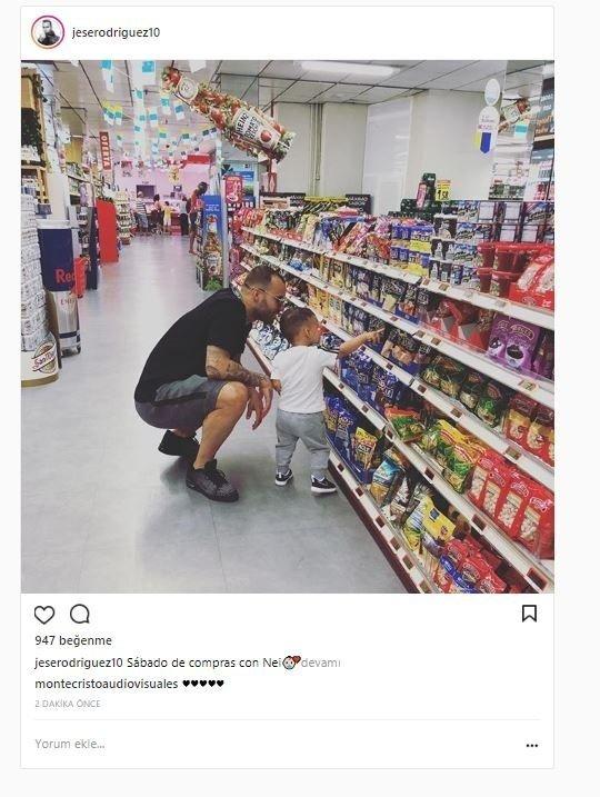 Mesut Özil o diziyi izliyor! (Spor dünyasının sosyal medya gündemi)