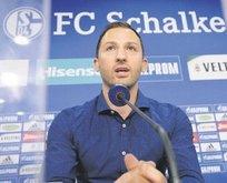 Schalke 32 yaşındaki Tedesco'ya emanet