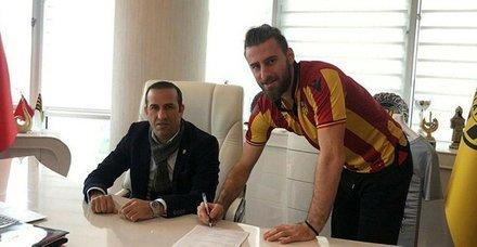 Yiğithan Güveli 2.5 yıl Yeni Malatyaspor'da (Yurttan ve dünyadan spor gündemi)