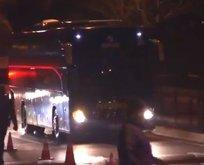 Fenerbahçe taraftarı takım otobüsüne saldırdı