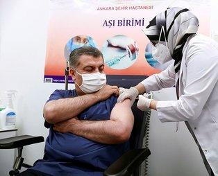 Sağlık Bakanı Fahrettin Koca koronavirüs aşısı hakkında merak edilen her şeyi açıkladı