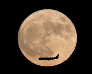 Süper Ay nedir, ne anlama geliyor? Türkiye'den izlenebiliyor mu?