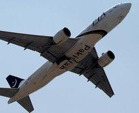 Pakistan'da uçak pistten çıktı