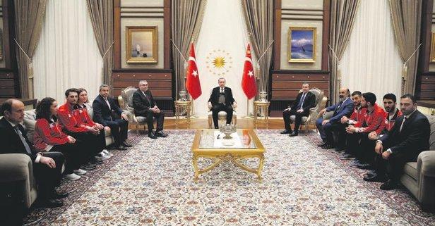 Erdoğan sporcuları kabul etti