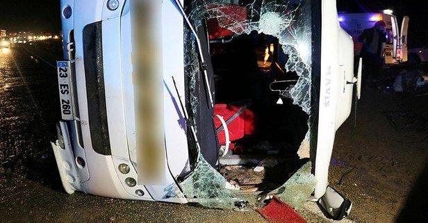 Yolcu otobüsü devrildi! Çok sayıda yaralı var