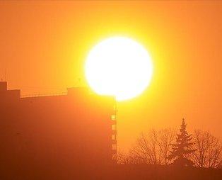 Yüksek hızlı güneş fırtınası uyarısı: Bugün Dünya'yı vurabilir!
