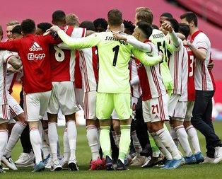 Ajax şampiyonluğunu ilan etti