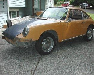 77 model Toros aracını öyle bir şeye dönüştürdü ki...
