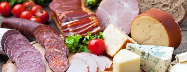 Uzmanlar uyardı: Sevdiğiniz birçok besin beyninizi öldürüyor! İşte beyne zarar veren yiyecekler listesi