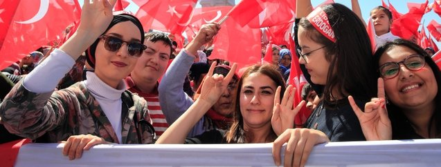 Cumhur İttifakı'nın ortak mitingi İzmir'i salladı! İşte o kareler