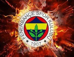Adı Fenerbahçe ile anılan yıldız poker masasında yakalandı! Sosyal medya sallandı