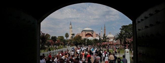 AP: Türk turizmi geri döndü