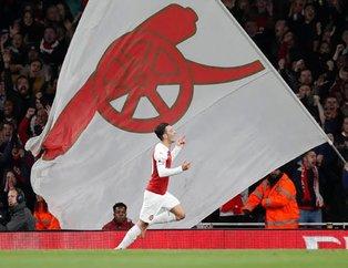 Arsenalli Mesut Özil Leicester City maçında şov yaptı