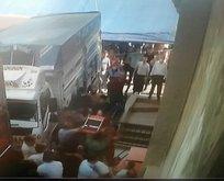 Pazarcıların yer kavgasında levyeyle yaralandı