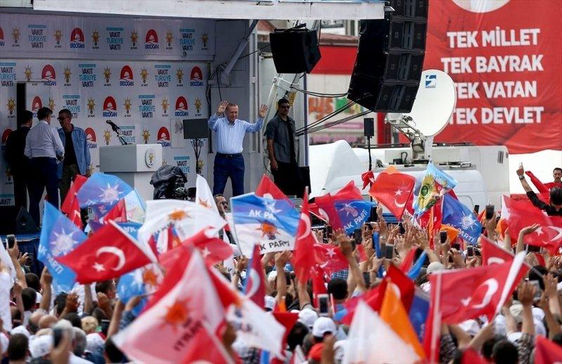 Cumhurbaşkanı Erdoğan Sakarya'da coşkulu buluşma