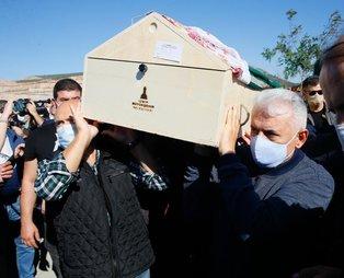 SON DAKİKA: İzmir'deki depremde hayatını kaybedenler son yolculuğuna uğurlanıyor