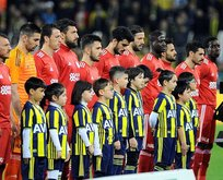 Fenerbahçe Sivasspor maçında şehitler anıldı