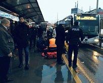 Metrobüsün çarptığı yolcu hayatını kaybetti